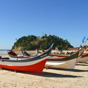 Barcos_Praia_Guaratuba-500x563